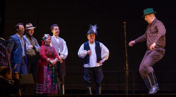 Bekecs Sándor (jobbra ) tánc közben. Beküldött fotó