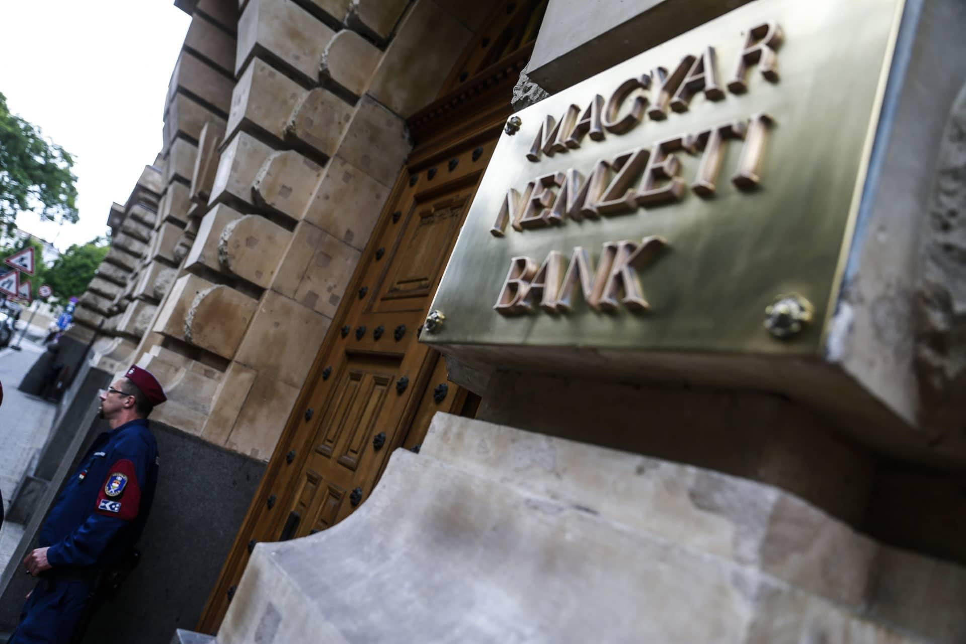 MNB, Magyar Nemzeti Bank, Matolcsy György, forint