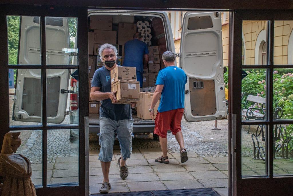 [GALÉRIA] Csehországban segített a Tisza-tavi Keresztyén Polgári Kör